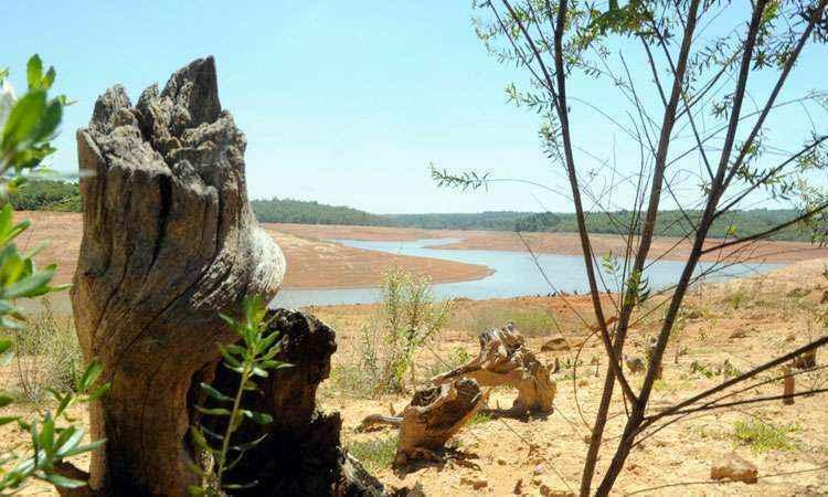 Terceiro maior reservatório de abastecimento de água de BH está ... - Estado de Minas
